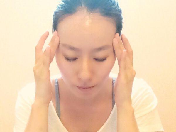 顔のむくみの原因と明日から解消できる5つの対処法