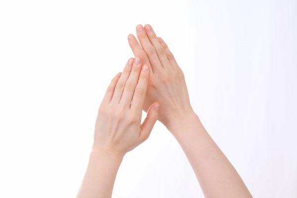 手のむくみの7つの原因と今日すぐに効果がある解消法