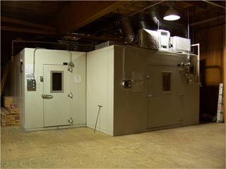 Photo of Bally Refrigerated Boxes, Inc. Walk-in Environmental Chamber.