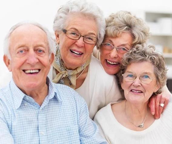 زيارة الأشخاص الأكثر عرضة للفيروس