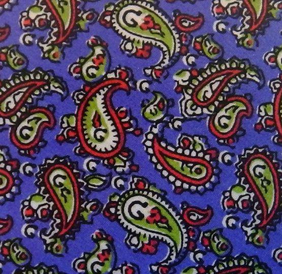 Corbata azul con dibujitos