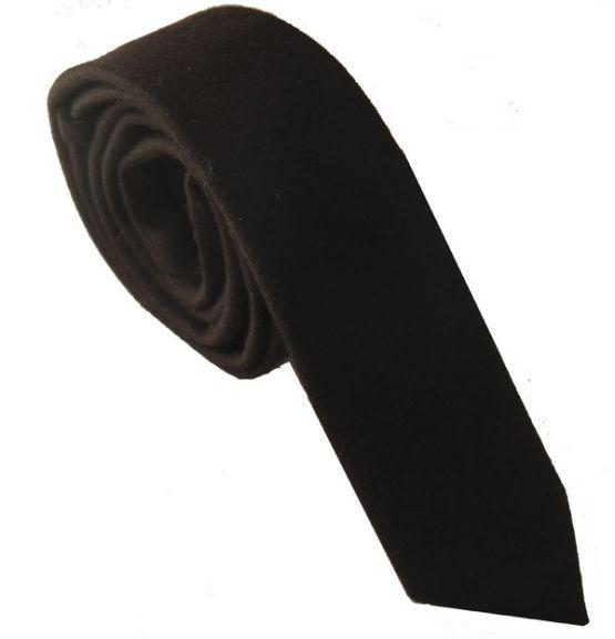 corbata negra de lana estrecha