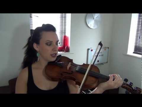 Videotutoriales para aprender a tocar el violin con Alison M. Sparrow
