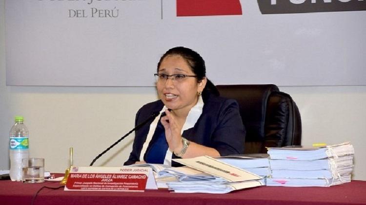 Fiscalía pide impedimento de salida del país para 12 empresarios