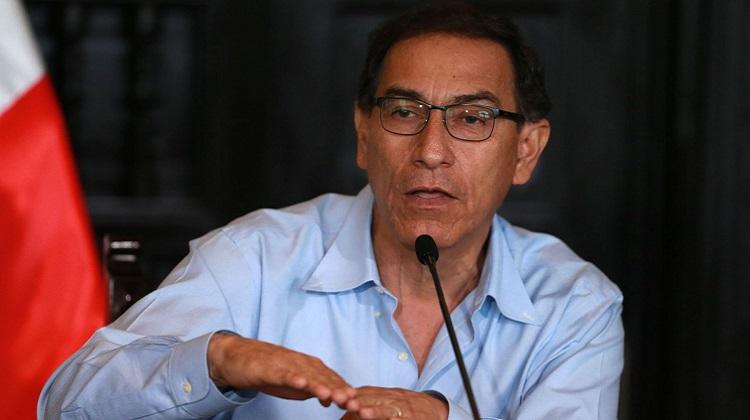 """Vizcarra insta a reducir """"gastos superfluos"""" en entidades del Estado"""
