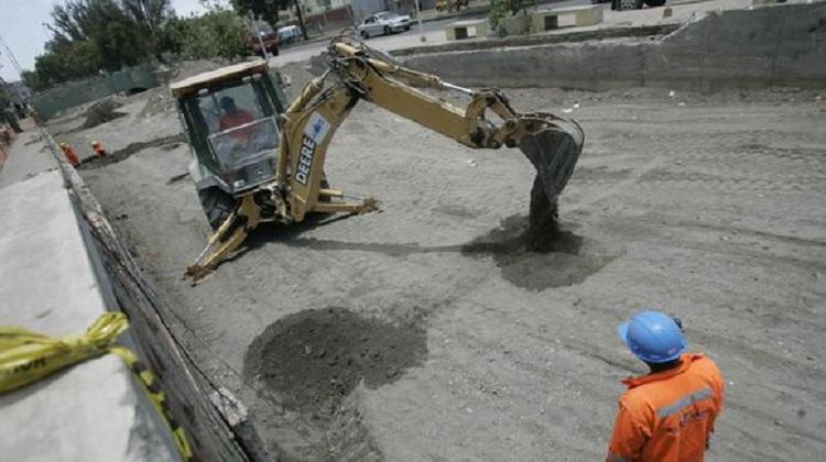 PCM habilitará observatorio para supervisar la ejecución de obras públicas en los tres niveles de gobierno