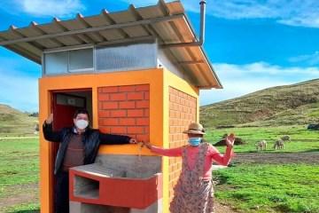 Puno: entregan dos obras por saneamiento en Lampa y Azángaro
