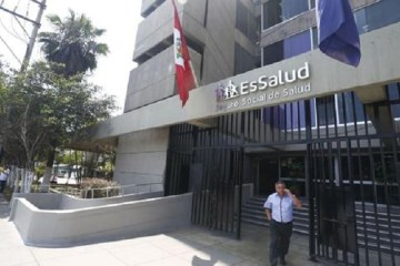 EsSalud cancela 76 compras directas por presuntas irregularidades