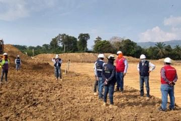 Advierten incumplimiento de contrato en obra de agua potable de Tocache