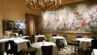 L'Ambroisie - Endereço: 9 Place des Vosges, 75004 Paris, França