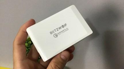 Carregue todos os seus gadgets com o supercarregador da Blitzwolf BW-S7