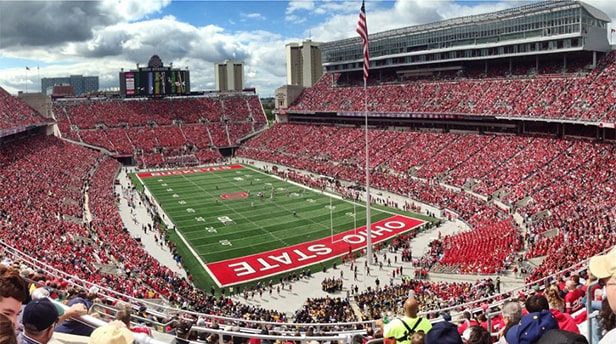 Ohio Stadium - un des 10 plus grands stades de football américain