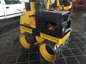 Rodillo compactador vermeer 1