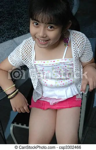 Little Girl Sit Down On Chair Csp3302466
