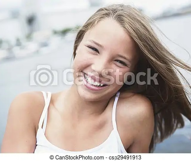 Young Long Haired Teen Girl Standing On The Beach Csp29491913