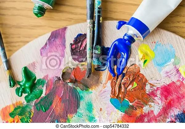 Palette Couleur Peinture Acrylique Tubes Ou Tubes Palette Concept Couleur Outils Brosses Haut Art Creativite Canstock