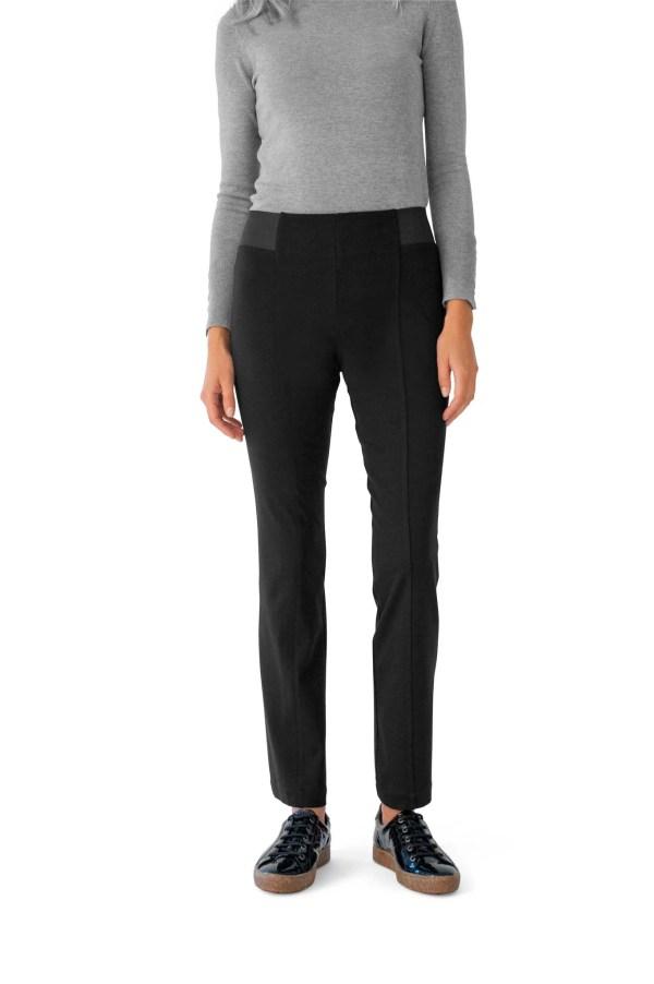 Le pantalon effet ventre plat, maille unie noire