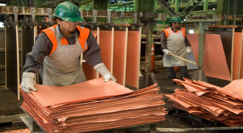 Exportaciones mineras alcanzaron los 8,360 millones de dólares