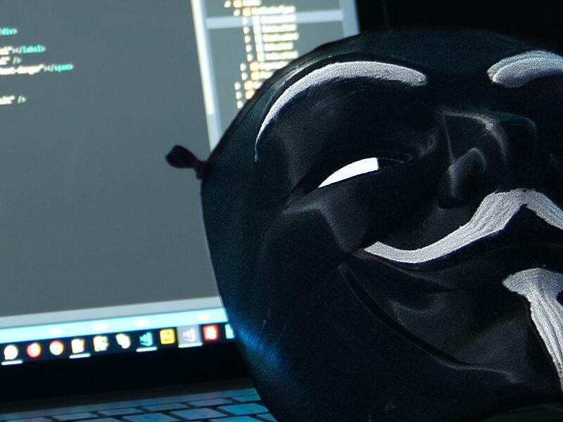 telecamere-di-sorveglianza-violate-hacker-il-commento-darktrace