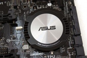 Asus-Z97-AR (6)