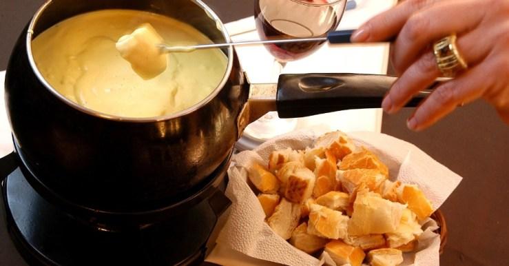fondue de quatro queijos