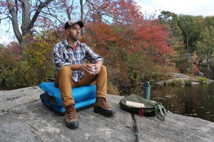 Windcatcher_AirPad_2__Seat_Mode_Lake_Product_inflate_air