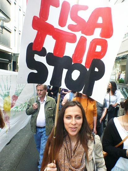 Stop_TISA_TTIPckritisches-netzwerk_de