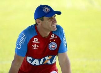 Ex-jogador de futebol do Flamengo diz ter perdoado pai violento