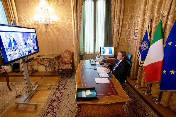 Presidente Draghi videoconfernza Consiglio Europeo 2