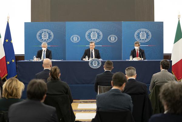 Draghi Franco Orlando conferenza stampa Decreto Sostegni