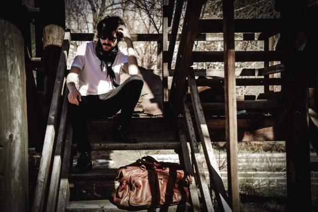 A la deriva primer single de Elias Serra