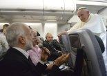 Papa entre Rio e Roma