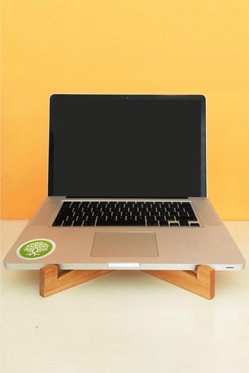 soporte de madera para notebook