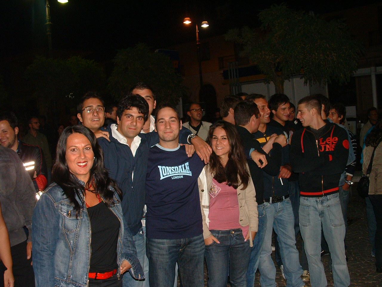 la festa dei giovani organizzata in autonomia il 27 agosto 2008 a Sant'Angelo dei Lombardi