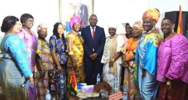 LA PRÉSIDENTE DE L'ASSOCIATION AFRICA FEMMES PERFORMANTES EN GUINÉE POUR PRÉPARER LA RENCONTRE DE MIAMI.
