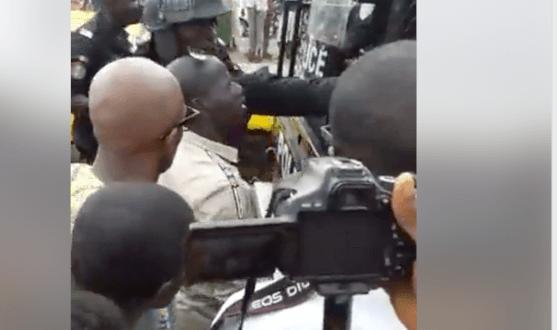 la police attaque les jeunes du mouvement Amoulanfe