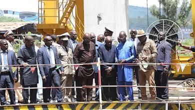 Les Présidents Condé et Weah visitent les barrages hydroélectriques de Kaleta et Souapiti