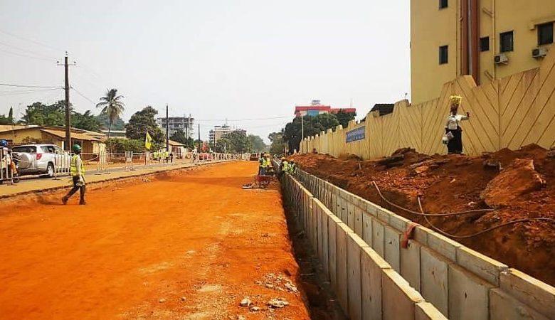 RECONSTRUCTION DE LA ROUTE 2×2 PONT 8 NOVEMBRE - BELLE-VUE : Les Travaux de terrassement sont terminés