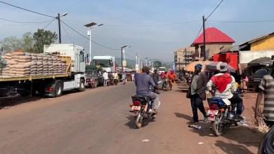 Une-route-du-centre-ville-de-Mamou