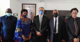 le Ministre Bano BARRY reçoit l'ambassadeur de France en Guinée.
