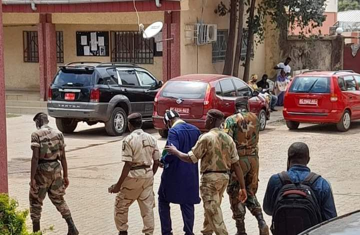 Urgent... Foniké Mengué évacué, à nouveau, d'urgence à la clinique Saint Luc de Dr Dasilva à Kaloum.