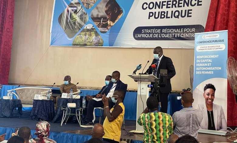 GROUPE DE LA BANQUE MONDIALE: LA STRATÉGIE RÉGIONALE DE L'AFRIQUE DE L'OUEST ET CENTRALE PRÉSENTÉE AUX ÉTUDIANTS ET ENSEIGNANTS GUINÉENS.
