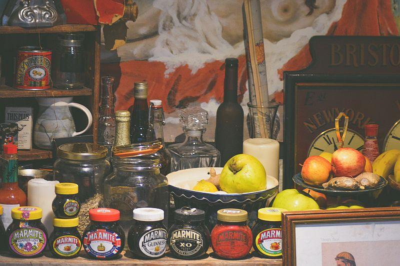 8 tanich spożywczych hitów, które trzeba mieć w kuchni