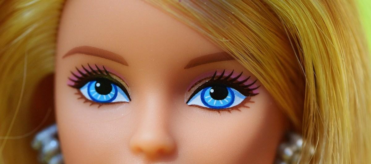 Potrzeba dziwactwa, czyli zawrotna kariera polskiej Barbie