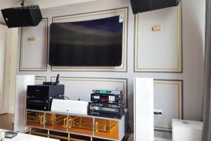 phòng chiếu phim, karaoke, âm thanh đa vùng tại căn hộ penthouse The Vista