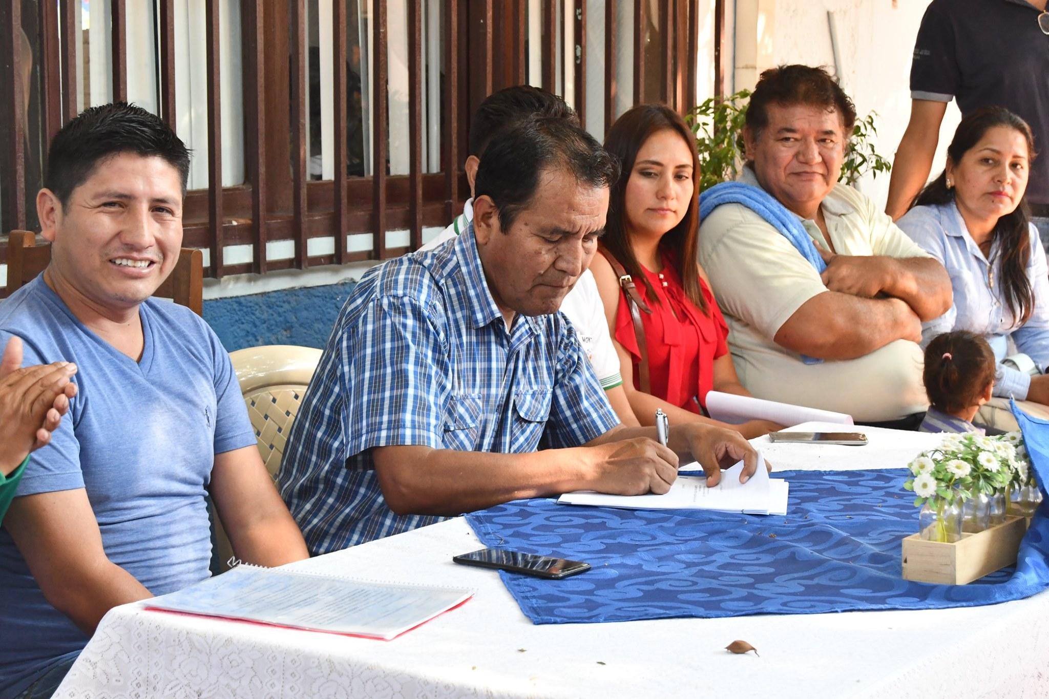 Alcalde Mario Baptista promulgó la Ley de alimentación nutritiva y saludable para una vida sana.