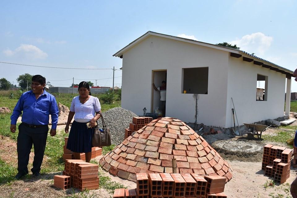 Inspección del avance en la construcción de viviendas sociales en el Distrito 1
