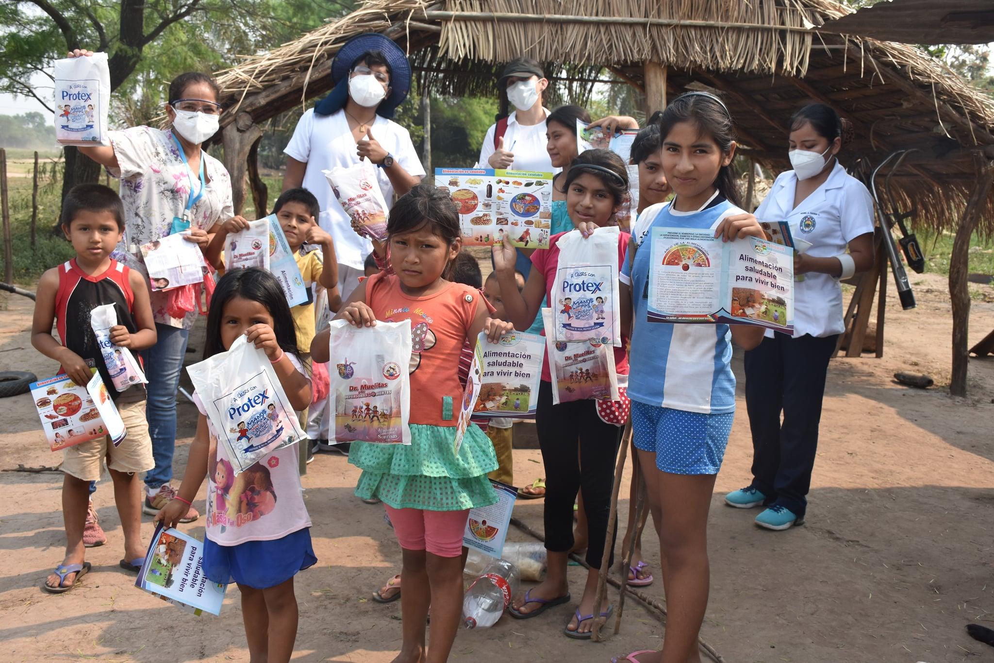 La concejala Dra. Cecilia Duarte realizó la entrega de kits de aseo dental para niños y niñas