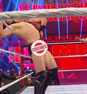 """Daniel Bryan - Luchador de la WWE sacó el """"paquete"""" en el cuadrilátero y quedó en ridículo (CAPTURA) - #Noticias"""