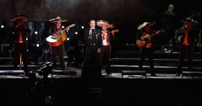 alejandro fernandez - Alejandro Fernández pospone su presentación en el Auditorio Nacional por brote de coronavirus - #Noticias